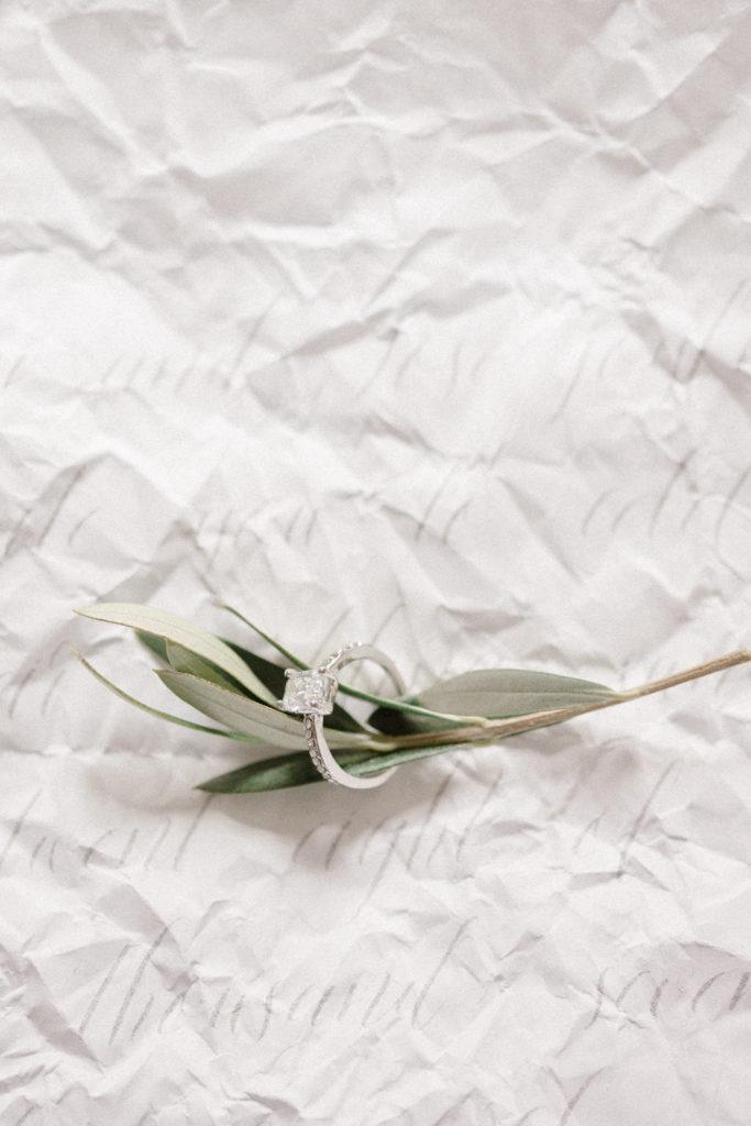 Publication de photographe de mariage sur des blogs de mariage tels que Mlle Bride, Donne moi ta main, La mariée sous les étoiles, Le blog de Madame C, La soeur de la mariée et Chic Vintage Brides.
